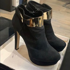 Aldo 6in Black booties